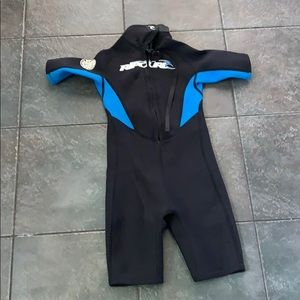 Boys Rip Curl Wet Suit - small 11